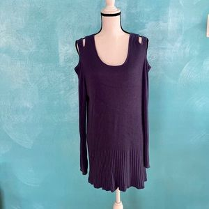 Chico's shoulder cut out sweater tunic